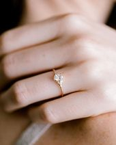 Ovaler Damen-Slipper-Ring mit halbkarat ovalem diamantgold Bei melaniecasey.com Unser
