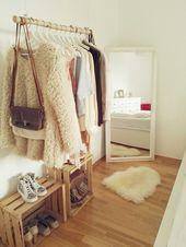 DIY Kleiderstange aus Holz – Schlafzimmermöbel