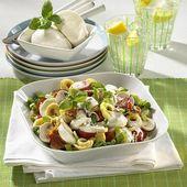 Tortellini salad with mozzarella and mushrooms