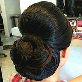 Jede Frau träumt von einer idealen Hochzeit. Keine Hochzeit kann ohne perfekte Frisuren makellos sein. #Sommerfrisuren