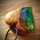 Wood resin pendant – ebony – galactic heart