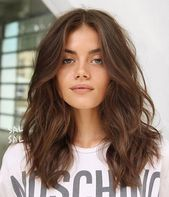 Photo of 16.Medium Wavy Hairstyle