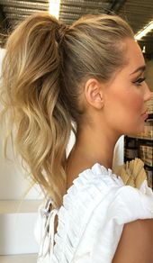 35 Ponytail Hairstyles For Every Season and Occasion