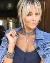 25 short blond hair with pony – Hairstyle Fix