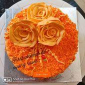 First attempt at piping roses..!! #orangevelvet #orangecake #fruitcake #roses #c…