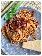 Butter-Nudeln mit Tomatenmark l Tuerkische Nudeln mit Salca l Tuerkisches Nudel Rezept