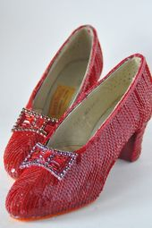 Wizard Of Oz Touch The Red Slipper Then The Tornado : wizard, touch, slipper, tornado, Ideas, Greatful,, Wizard, Wonderful