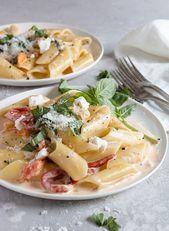 Cremig gerösteten Paprika und Cherry Tomato Pasta   – Recipes