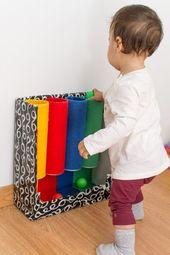 Tubo das cores: brinquedo de inspiração montessori para fazer em casa