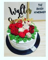 Korean Buttercream Flowers cake and 150pcs of white and red rosette cupcakes for…
