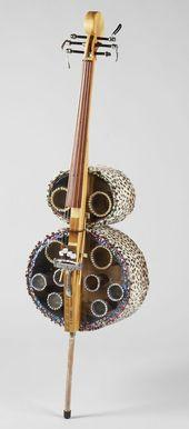 """""""Foster Cello"""" (2007) Colonne vertébrale: bois de récupération 1X6 récupéré. Touche et pont"""