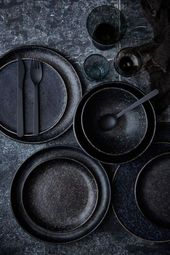 Extravagant and expressive: black cutlery