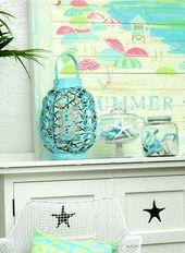 Summer Mantel in a Beach Cottage #decoratinghomeminimalist