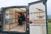 Van von Nissan & Studio Hardie in eine mobile Werkstatt für Schreiner verwandelt   – Astuces menuiserie