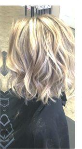 Blondes #haarhighlights #FrisurenfrrundeGesichter #hairstylesforroundfacesover40