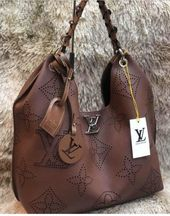 Bolsa Louis Vuitton – Carmel Noir Monogram – Marrom – Couro Sintético