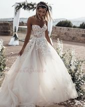 Sweetheart Ivory Long Bridal Gown with Appliques