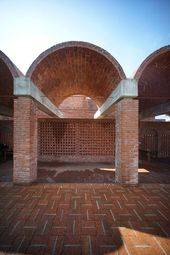 Gallery of Red Brick Country Auditorium / Huazhong University of Science and Technology + ADAP Architects  – 9