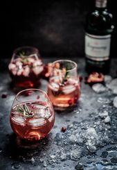 Pomegranate, Rosemary & Gin Fizz  – Drinks –  mit und ohne Alkohol