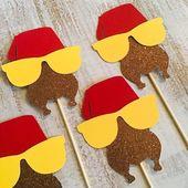 Friendsgiving party-Friendsgiving-Friends Party-Friends cupcake toppers-Thanksgiving cupcake toppers