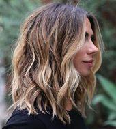 20 besten mittellangen gewellten Frisuren,  #besten #Frisuren #gewellten #haircutideaswavy #M…