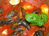 Moules à la sauce italienne épicée à la tomate et à l'ail   – Pizza, Pasta, Italienisch