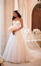 Backyard-Impressed A-Line Wedding ceremony Gown – Stella York Wedding ceremony Clothes