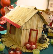 3 little pigs wood house A casa de madeira dos 3 porquinhos ficou muito charmosa…