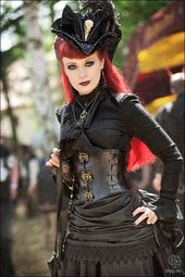 Dressed in black. Looking quite alright! – Steampunk