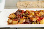Carne en salsa con papas fritas, en olla rápida   – recetas  de carne en salsa