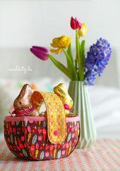 Vintage Kitchen Blog Tour: Sweet little Easter Basket made with Andrea Mullers
