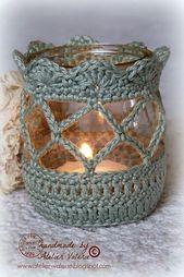 Häkel hübsche Hüllen für Gläser, die du als anheimelnd aussehende Teelichthalter verwenden kannst! – DIY Bastelideen