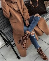 Trendy casual outfit for fall and winter.