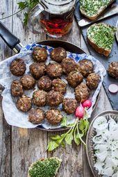 Frikadellen Recipe – German Meat Patties aka The Original Hambruger