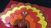 Thanksgiving Treats: Pull-Apart Cupcake Cake