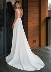 Fashion And Beautiful Plus Size Short Wedding Dresses For Girl