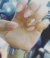 Perfekte Mischung aus brauner Asche auf den Augenbrauen. #Acryl #Nagel #lakken #…