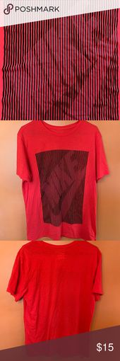 Nike Mens T Shirt Gently used. Normal wear. Smoke Free home. always carefully pa…