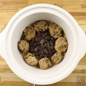 Slow Cooker Peanut Butter and Chocolate Chunk Cookie – Food Dolls