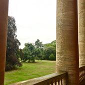 Der im 18. Jahrhundert erbaute #BasildonPark ist eines der schönsten Beispiele für ein …   – BASILDON PARK, Reading, UK. National Trust