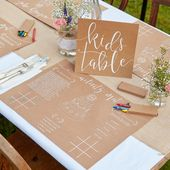 Child-friendly and creative: how to decorate the children's corner at the wedding!