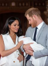 Baby Archie Is Here So Are The Memes Prince Harry Prince Harry And Meghan Royal Babies
