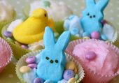 Cotton Candy Easter Cupcakes