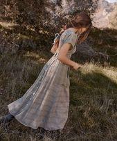 احببت خادمة في قصري عملي الجديد In 2021 Vintage Outfits Girly Outfits Vintage Dresses