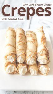 Crêpes au fromage à la crème et aux amandes à faible teneur en glucides
