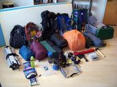 What to bring with you on a tent camping trip? We've created a complete pack…