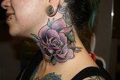 J'aime les tatouages au cou   – Ink