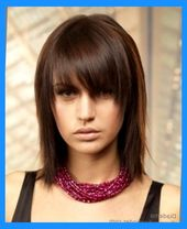 Shoulder Length Shag With A Long Textured Fringe That Almost Hides Hairfinder Medium Hairstyles