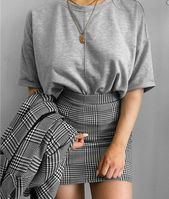 Fashion | Fashion Outfits | Fashion Ideas | Checked outfit