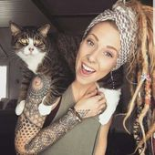 There is too much awesome in this pin. Dreads, cat, and tattoos. – Tattoo ideen